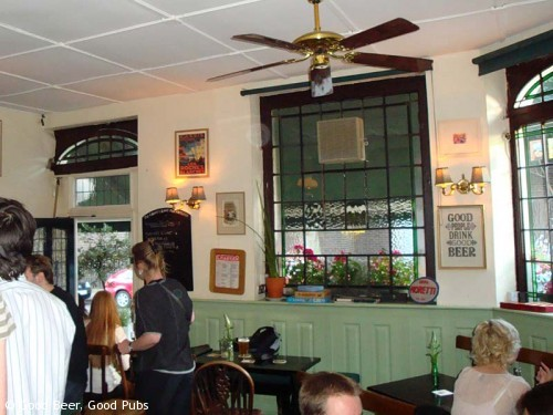 The Charles Lamb at Angel - The Interior