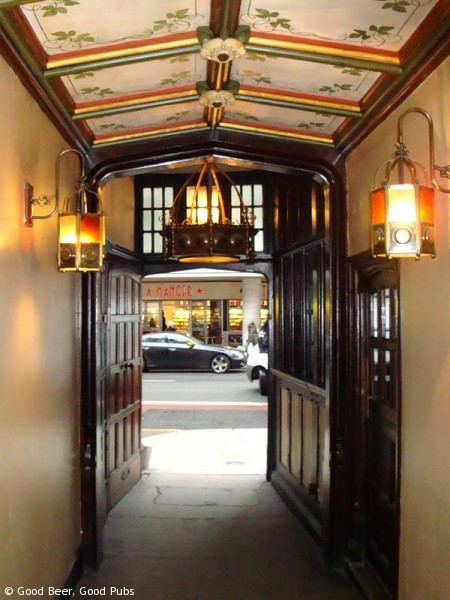 The Cittie of Yorke, Holborn - the passage to the bars