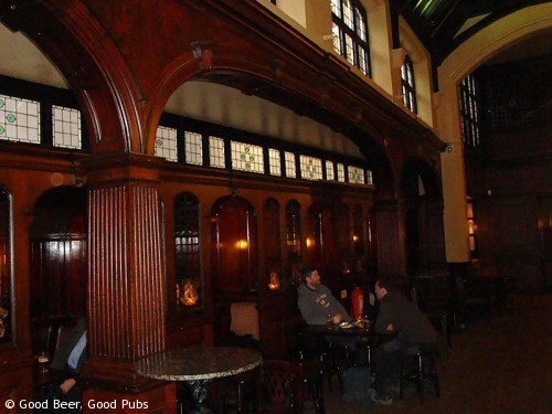 The Cittie of Yorke, Holborn - seating compartments