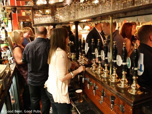 Picture of the Harp in Covent Garden - a busy night