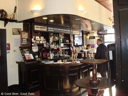 Picture of the Horseshoe Inn, London Bridge - the bar