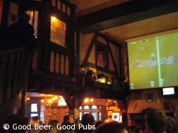 Mock Tudor and football results at the King and Queen, Brighton