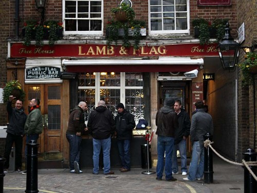 Close up of the frontage of the Lamb & Flag, Covent Garden