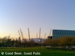 Picture of the O2 from the Pilot Inn, North Greenwich