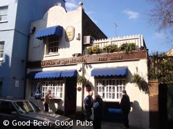 Photo of the Pride of Spitalfields pub in Aldgate