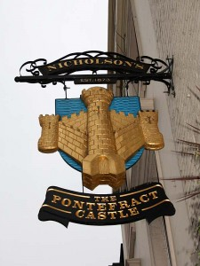 Pontefract Castle pub sign
