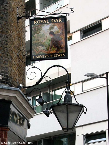 The Royal Oak, Borough - pub sign