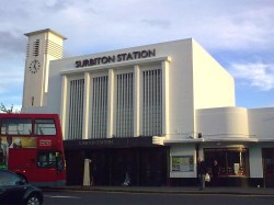 Surbiton's art-deco station - Pic by Ok2010