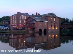 Telford's Warehouse, Chester - from across the canal basin