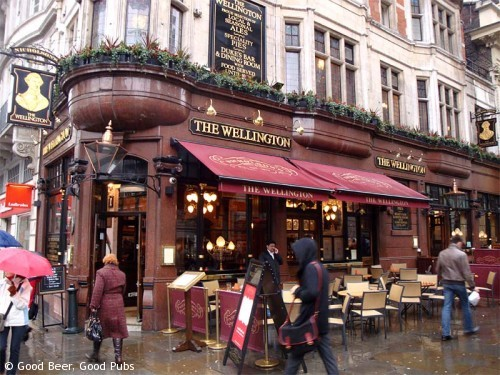 Picture of the Wellington Pub in Covent Garden